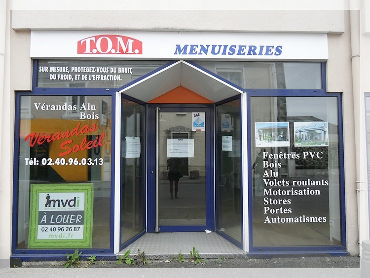 Location local commercial Ancenis 550€ HC - Photo 1