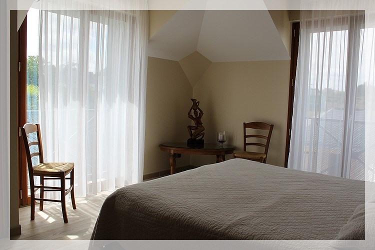 Sale house / villa Saint gereon 483000€ - Picture 4