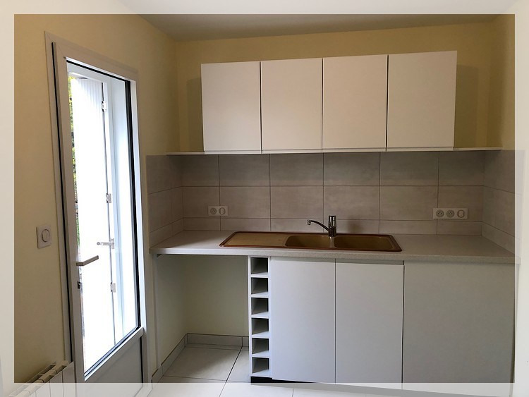 Location maison / villa Oudon 600€ CC - Photo 3