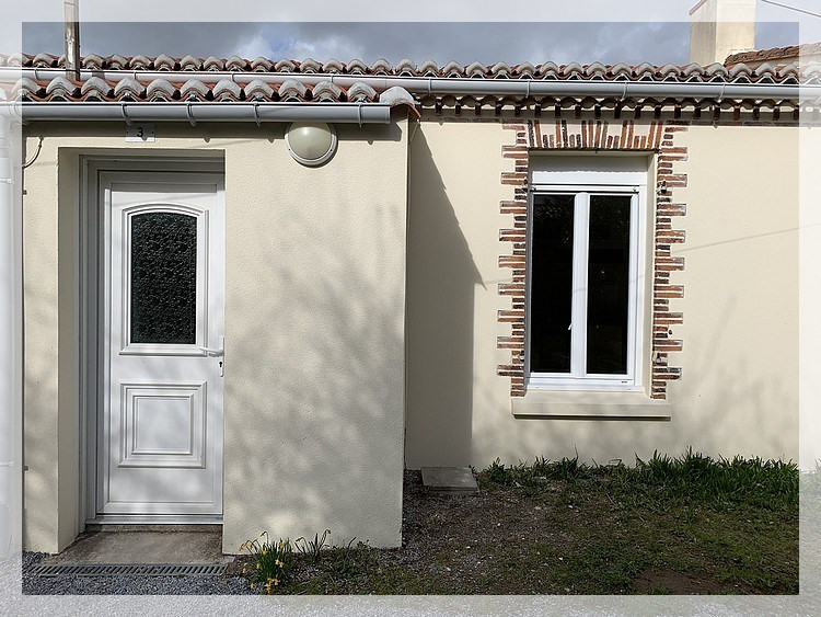 Location maison / villa Champtoceaux 445€ CC - Photo 4