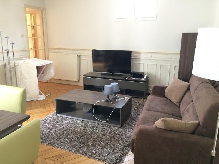 Location appartement Paris 17ème 2700€ CC - Photo 2