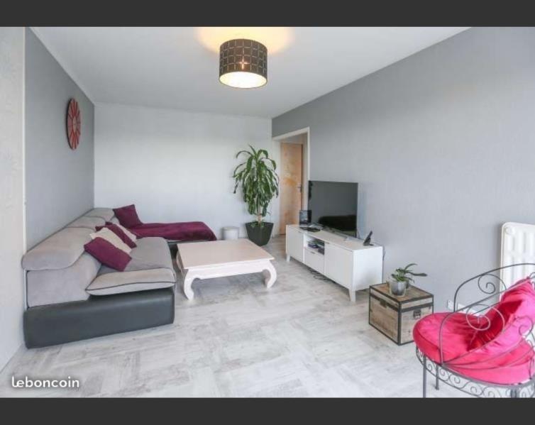 Sale apartment La roche sur yon 91100€ - Picture 2