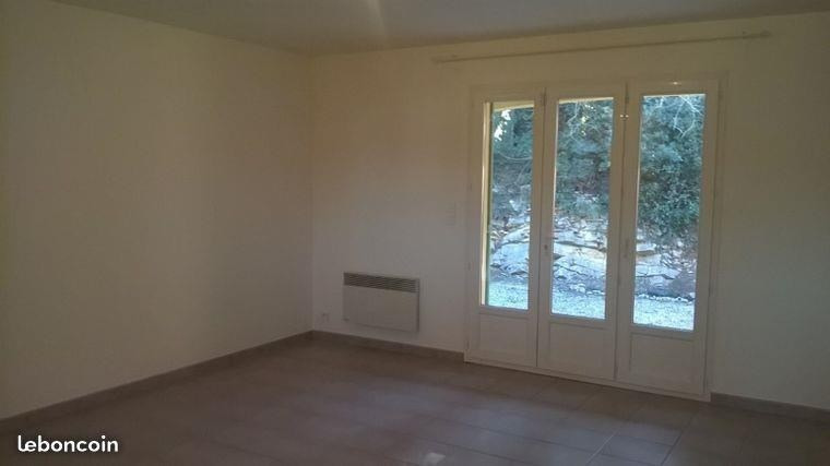 Rental house / villa Flassans sur issole 941€ CC - Picture 2