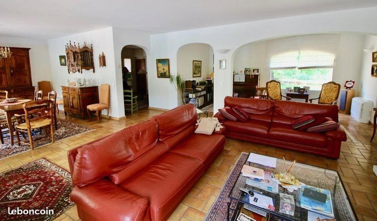 Deluxe sale house / villa Sollies pont 748 000€ - Picture 4