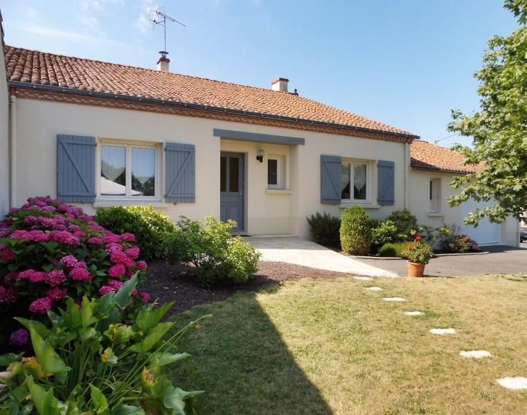 Sale house / villa St remy en mauges 168 500€ - Picture 1
