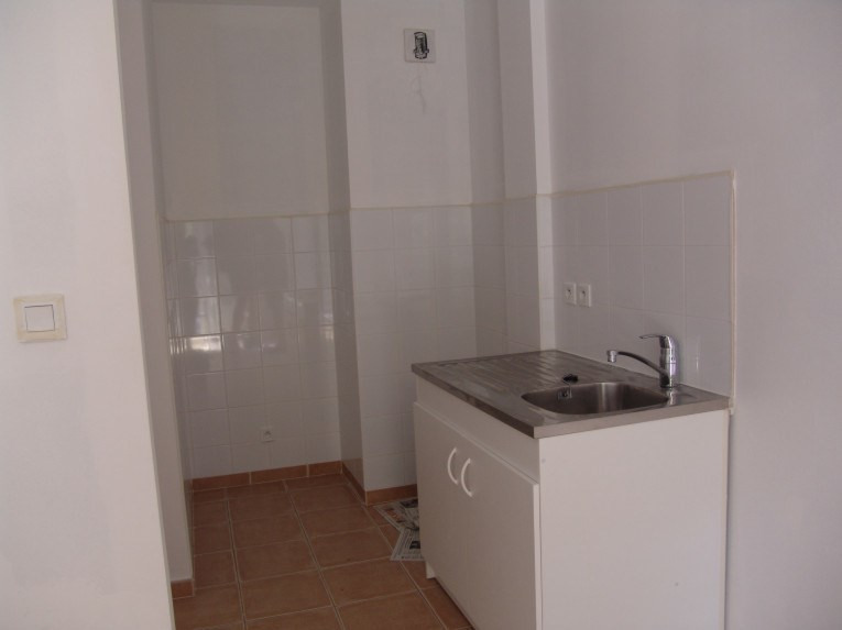 Location appartement Ruoms 429€ CC - Photo 2