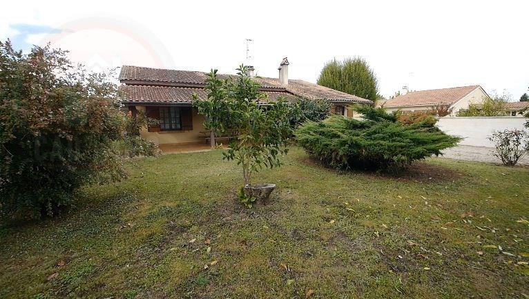 Sale house / villa St avit st nazaire 265000€ - Picture 2