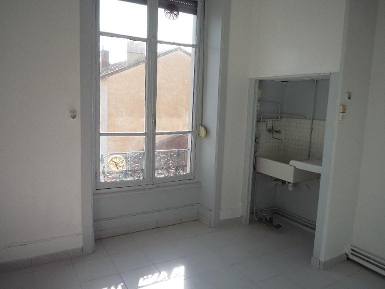 Locação apartamento Lyon 3ème 486€ CC - Fotografia 5