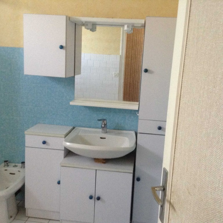 Sale house / villa Glomel 132980€ - Picture 4