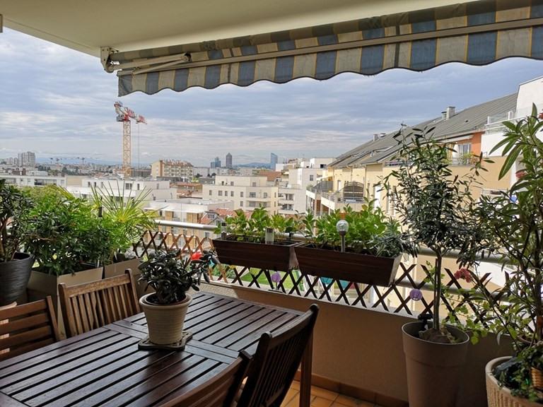 Sale apartment Villeurbanne 329000€ - Picture 1