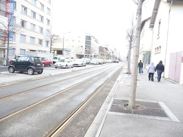 Verhuren  appartement Lyon 8ème 865€ CC - Foto 9