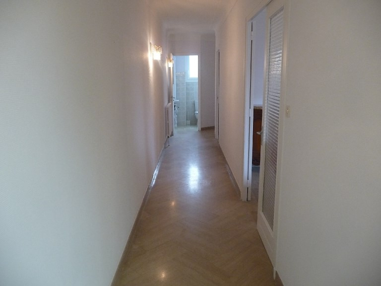 Rental house / villa Venissieux 1 319€ CC - Picture 2