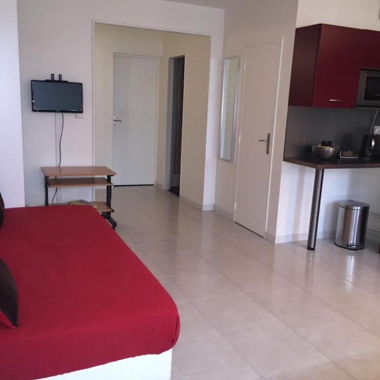 Rental apartment Paris 14ème 1100€ CC - Picture 3