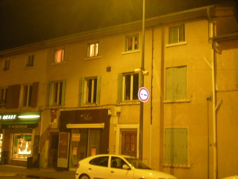 Location appartement Craponne 502€ CC - Photo 1
