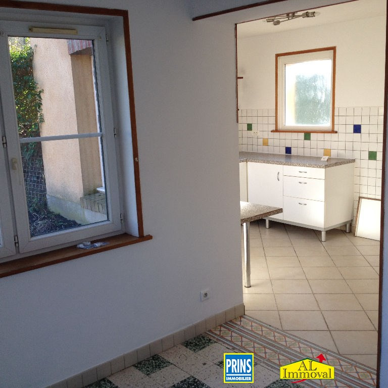 Location maison / villa Quernes 660€ CC - Photo 7