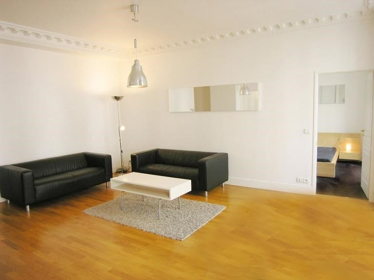 Location appartement Paris 1er 3 000€ CC - Photo 2