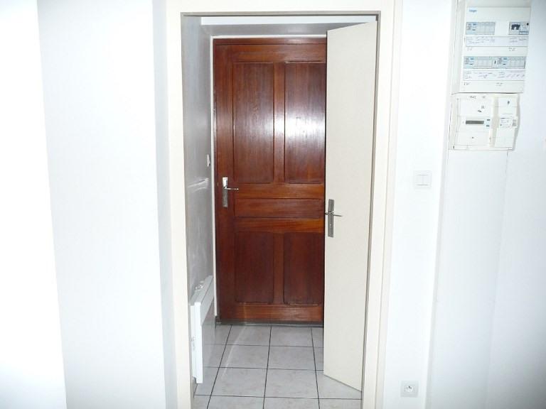 Rental apartment Lyon 3ème 441€ CC - Picture 4