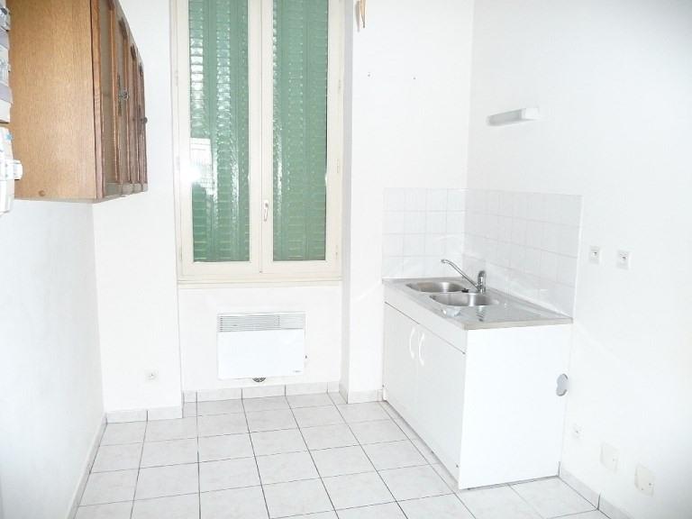 Rental apartment Lyon 3ème 441€ CC - Picture 2