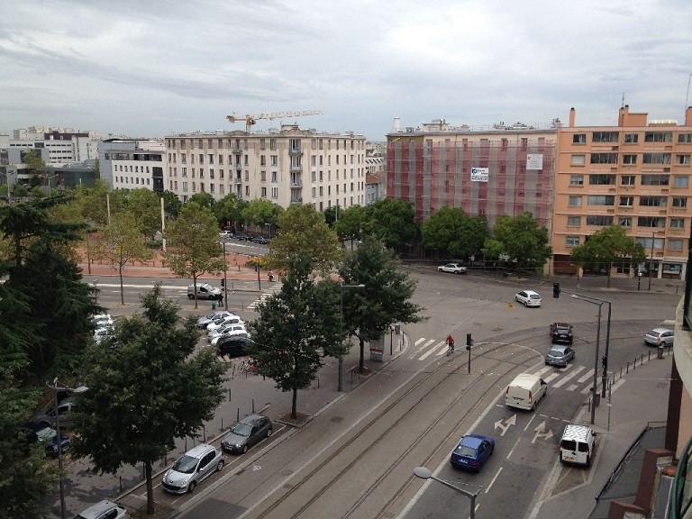 Rental apartment Lyon 8ème 667€ CC - Picture 5