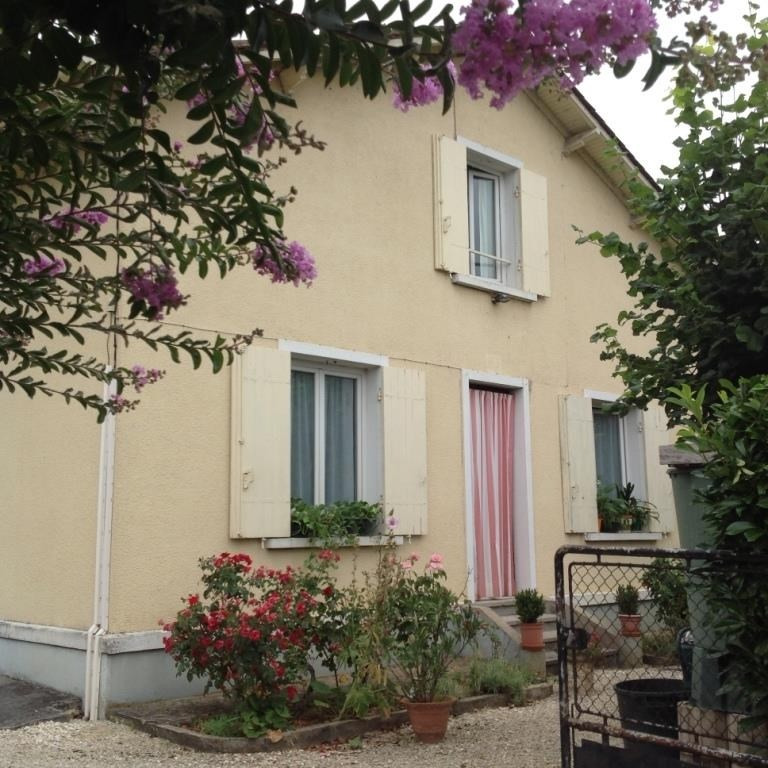 Sale house / villa Mouleydier 107 500€ - Picture 1