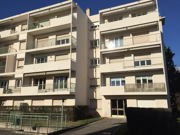 Rental apartment Caluire et cuire 675€ CC - Picture 1