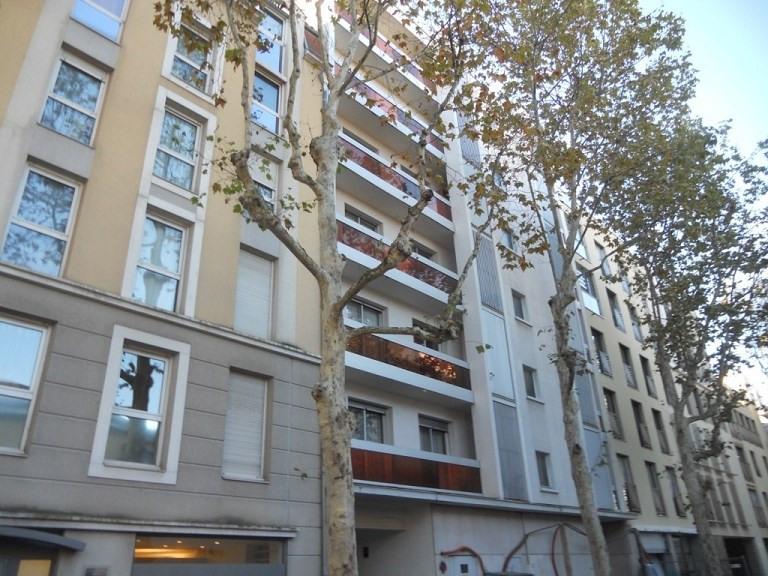Location appartement Lyon 3ème 955€ CC - Photo 9