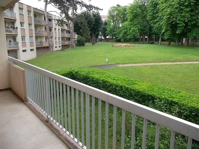 Sale apartment Caluire et cuire 365000€ - Picture 2