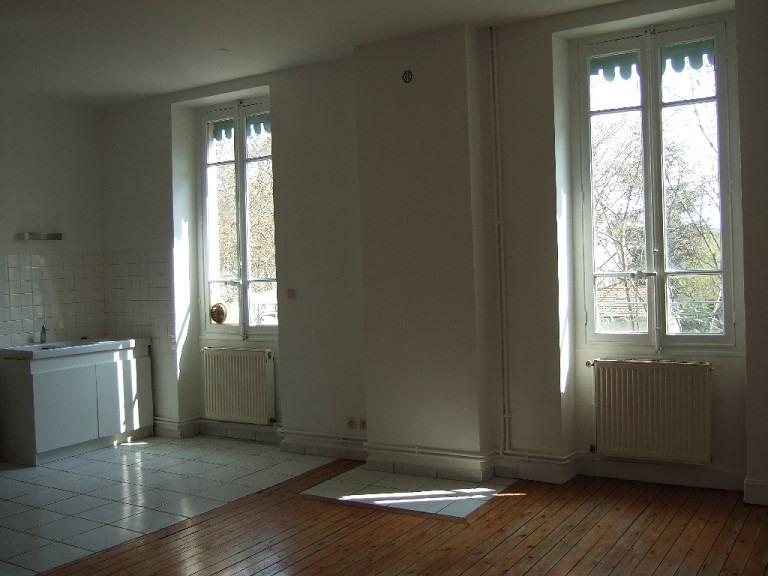 Verhuren  appartement Lyon 3ème 739€ CC - Foto 3