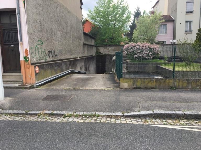 Alquiler  parking Lyon 3ème 95€ CC - Fotografía 2