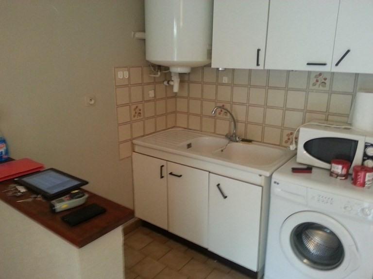 Rental apartment Genas 533€ CC - Picture 2