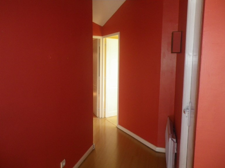 Rental apartment Lyon 3ème 865€ CC - Picture 2