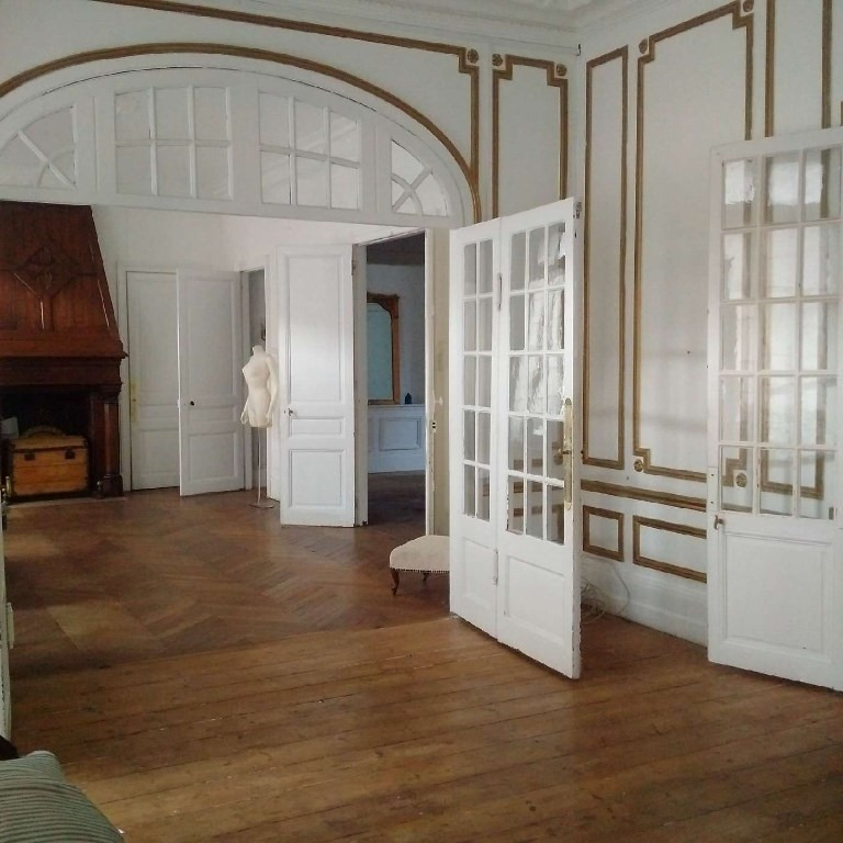 Appartement Elbeuf 5 pièce(s) 157 m2