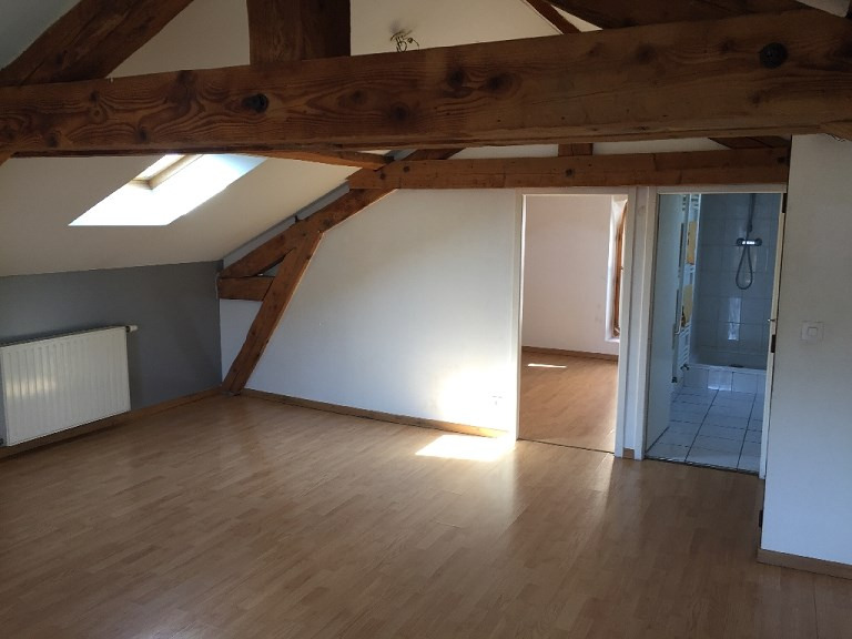 Rental apartment Villeurbanne 609€ CC - Picture 2