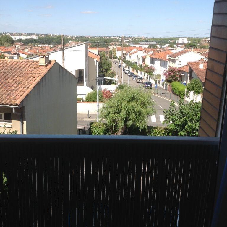 Location appartement Toulouse 387€ CC - Photo 1