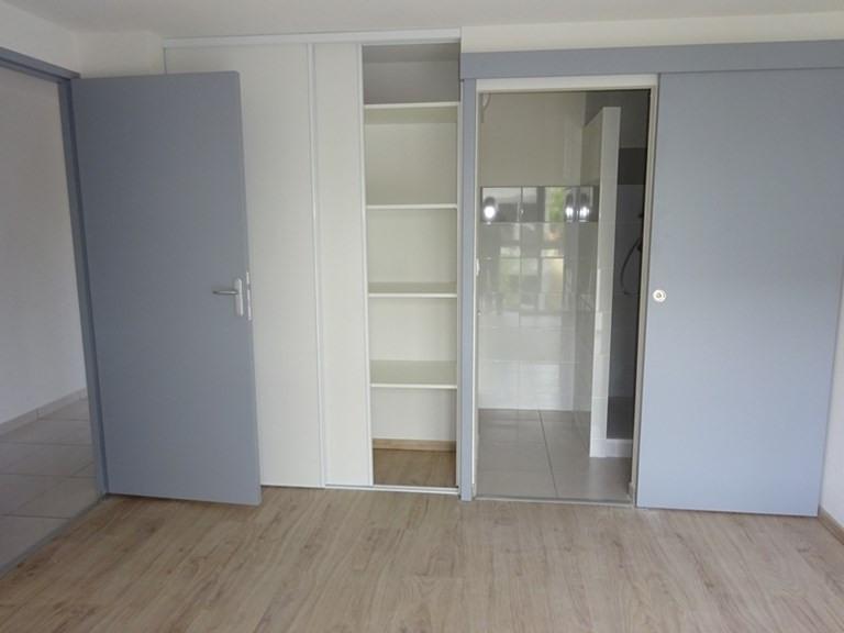 Rental apartment Bron 630€ CC - Picture 2