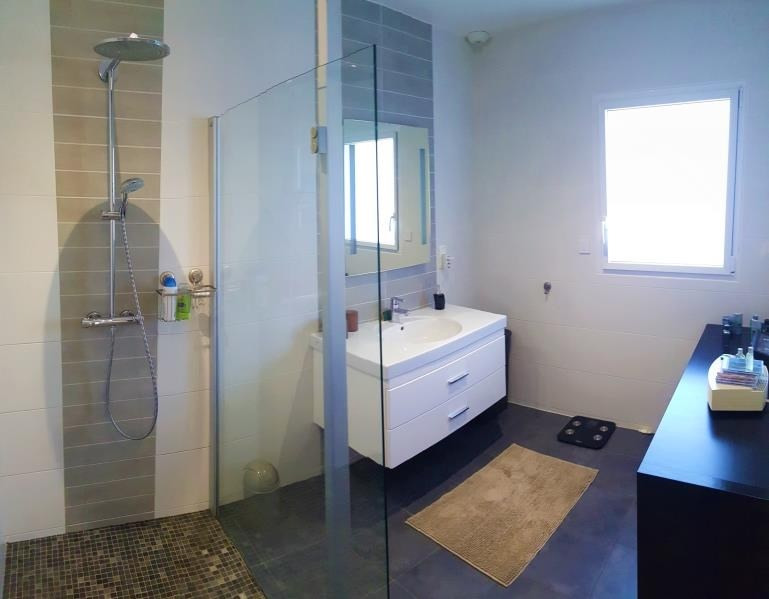 Revenda residencial de prestígio casa Gouesnach 419000€ - Fotografia 7