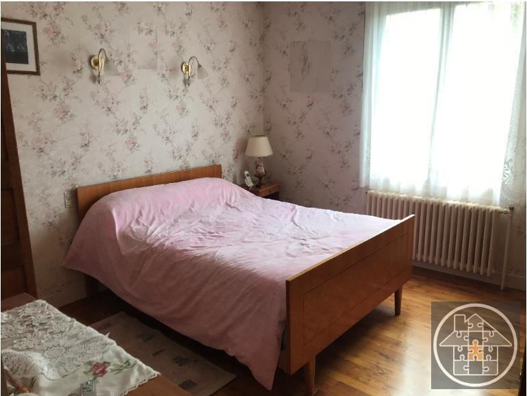Sale house / villa Montmacq 178000€ - Picture 4
