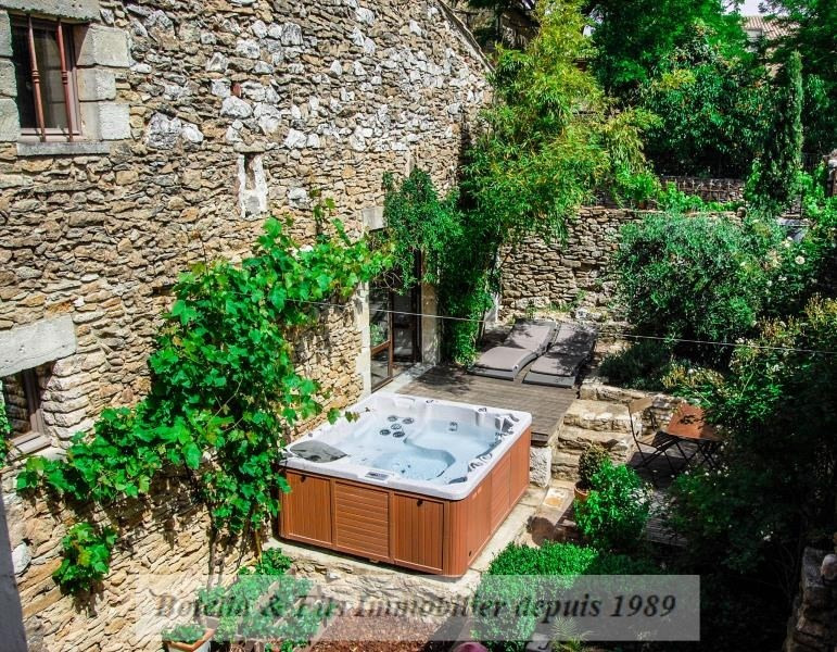Deluxe sale house / villa Uzes 757 000€ - Picture 1
