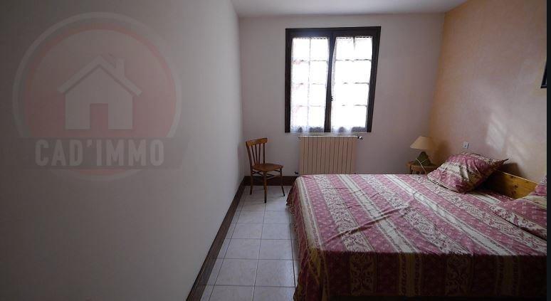 Sale house / villa St avit st nazaire 265000€ - Picture 4