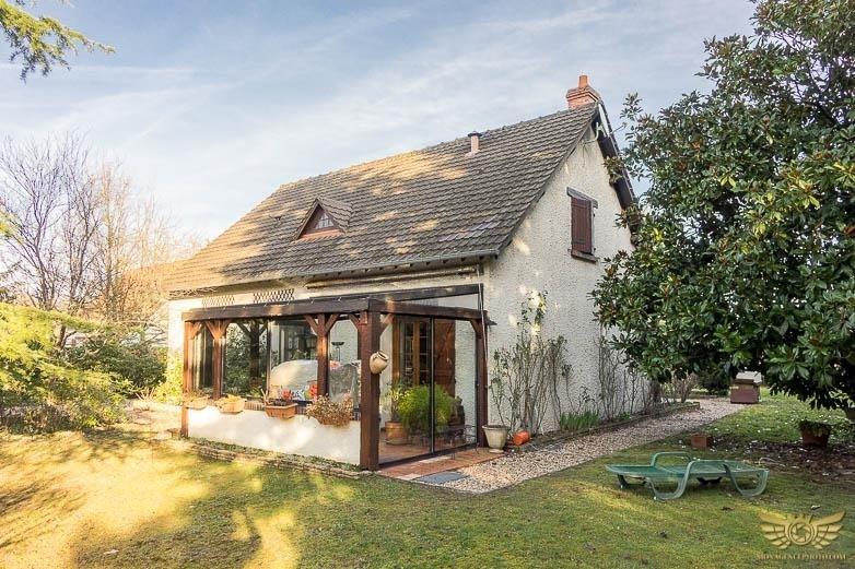 Sale house / villa Tigy 225700€ - Picture 1
