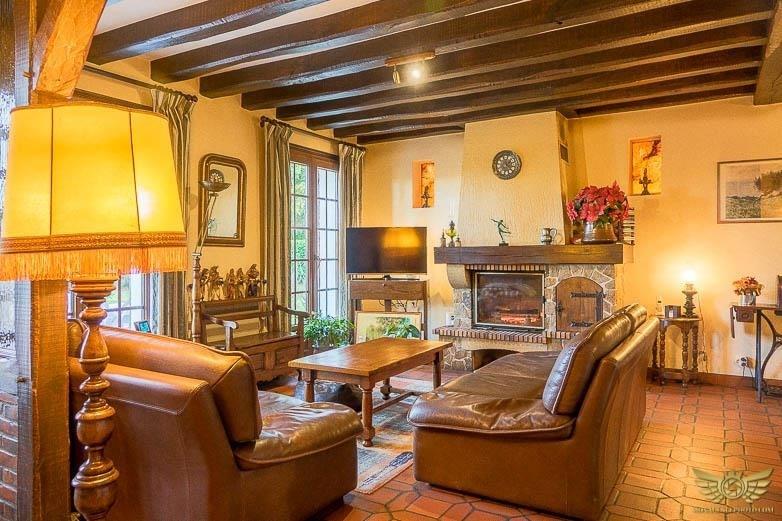 Sale house / villa Tigy 225700€ - Picture 3