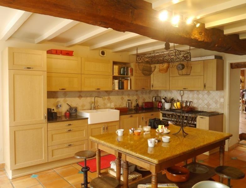 Sale house / villa St dizant du gua 372600€ - Picture 2
