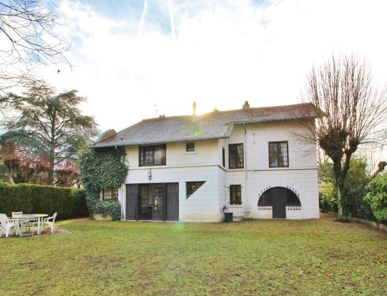 Deluxe sale house / villa Le vesinet 1190000€ - Picture 1