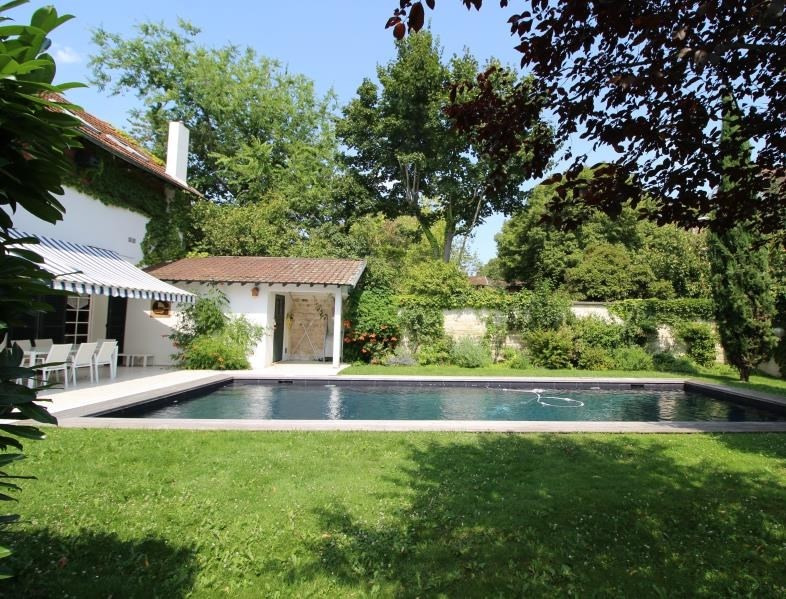 Deluxe sale house / villa Croissy sur seine 1490000€ - Picture 2