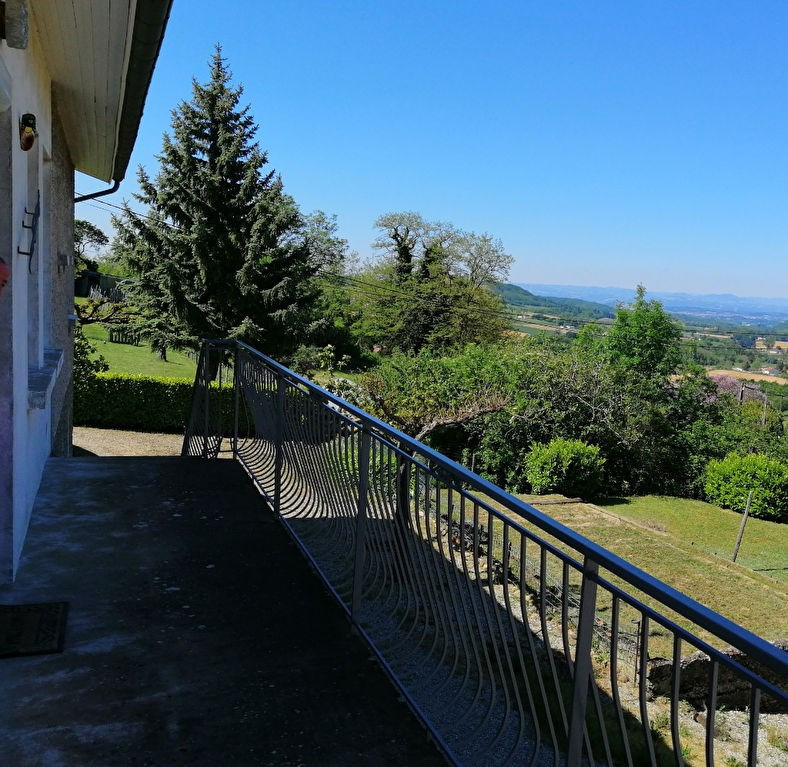 Sale house / villa Arthemonay 245000€ - Picture 2