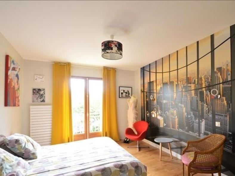 Sale house / villa Montfort l amaury 670000€ - Picture 4