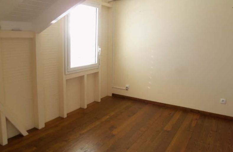 Rental apartment St francois 1100€ CC - Picture 7