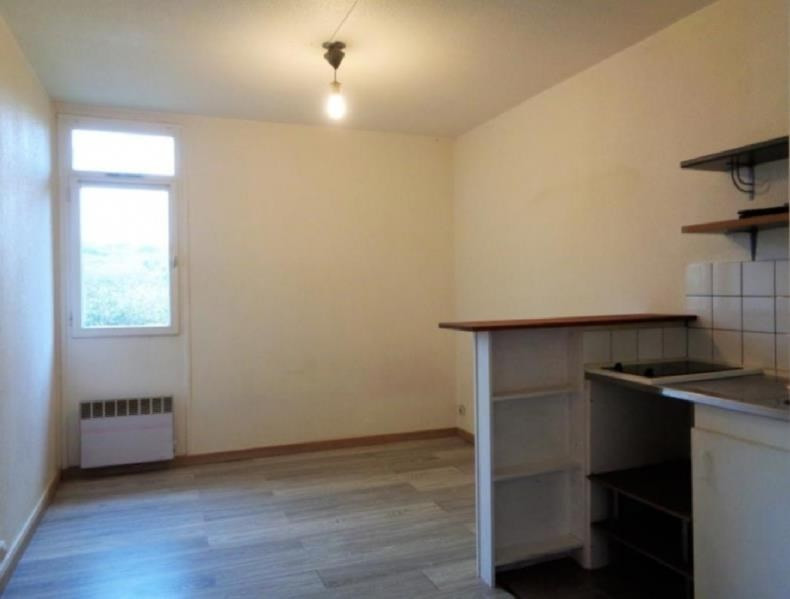 Rental apartment Forges les bains 480€ CC - Picture 2