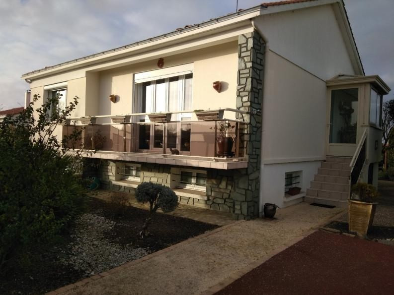 Sale house / villa St vincent sur jard 263 000€ - Picture 1