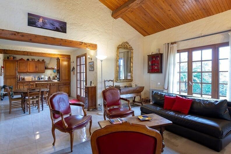 Vente maison / villa Hyeres 574700€ - Photo 6